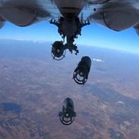 Aviação russa destrói 500 caminhões-tanque de terroristas na Síria